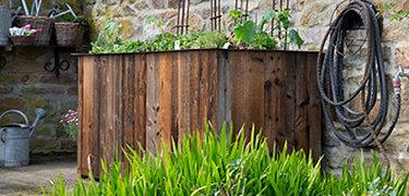 Hochbeet kaufen: Altholz Design Hochbeet, Lieferung fix und fertig aufgebaut